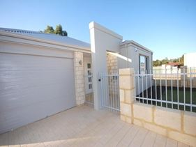 6 Meridian Way, Kwinana Town Centre