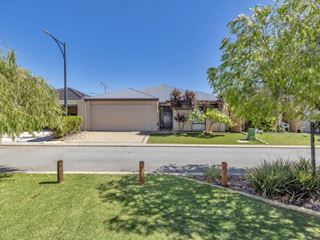 43/27 Meadow Springs Drive, Meadow Springs
