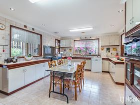 23 Stonecreek Close, Thornlie