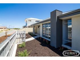 16 Minstrell Way, Madora Bay
