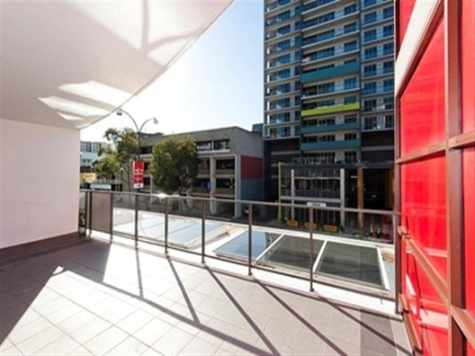 17/143 Adelaide Terrace, East Perth