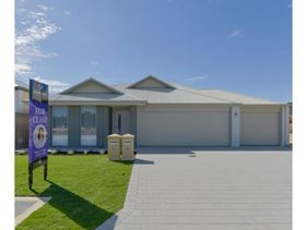 8B Newmarket Road, Meadow Springs