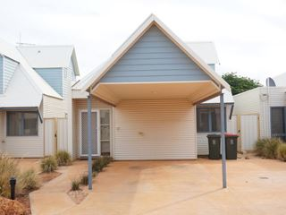 8/1 Coral Way, Exmouth