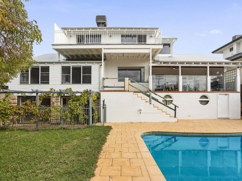 182 River Way, Salter Point