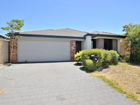 73 Cheltenham Loop, Bertram