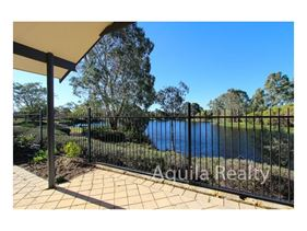 4/43 Martingale Avenue, Henley Brook