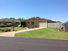 23 Blackswan Drive, Broadwater
