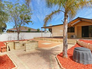 4 Thicket Circuit, Banksia Grove