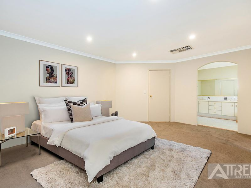 12 Yindana Entrance, Canning Vale