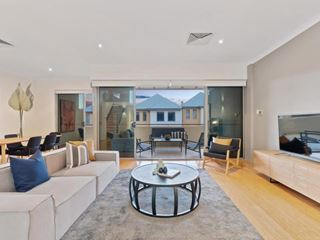 11/112 Flora Terrace, North Beach