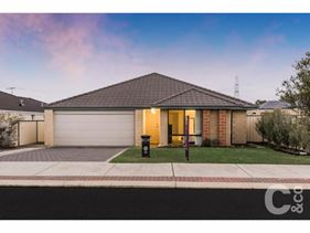 38 Shannon Pass, Bertram