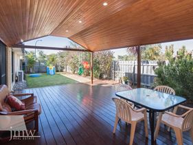 119 Beachfields Dve, Abbey
