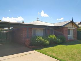3 Dellar Place, South Kalgoorlie