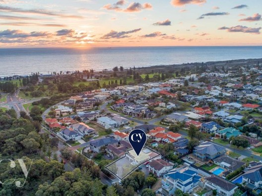 236 Oceanic Drive, City Beach
