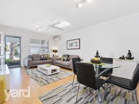 8/60 Point Walter Road, Bicton