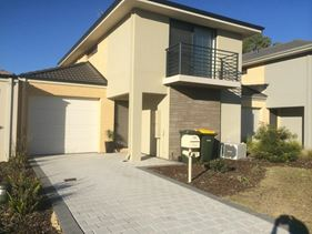 21 Meridian Way, Kwinana Town Centre
